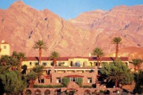 Экстерьер Furnace Creek Inn