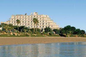 Вид на Vrissiana Beach Hotel