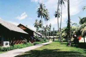 Mayang Sari Beach Resort_Chalet Exterior