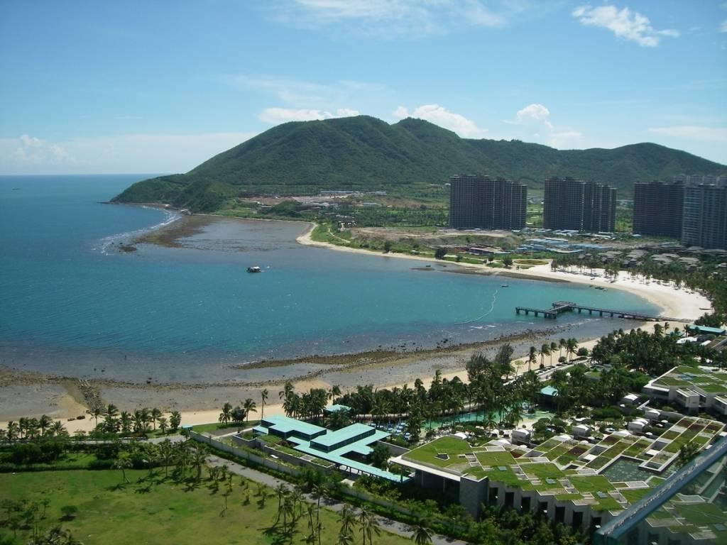 Города острова хайнань казино игровые автоматы играть скачать бесплатно без регистрации и смс