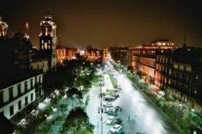 Ночной город Мехико
