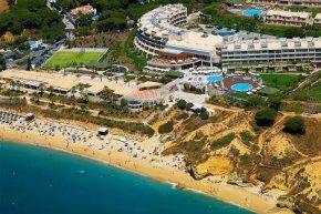 Вид на Grande Real Santa Eulalia Resort & Hotel Spa