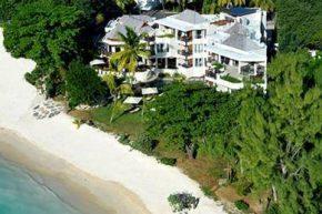 Вид на Le Cardinal Exclusive Resort