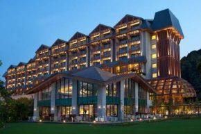 Equarius Hotel™