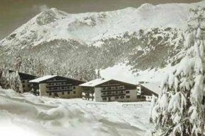 Отель Intermonti