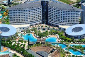 1Royal Wings Hotel
