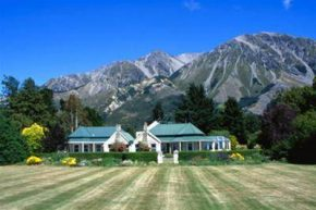 Вид на Grasmere Lodge Christchurch