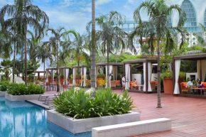 Festive Hotel™, бассейн