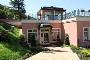 Georgy House