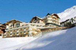 Вид на Hotel Alpenaussicht