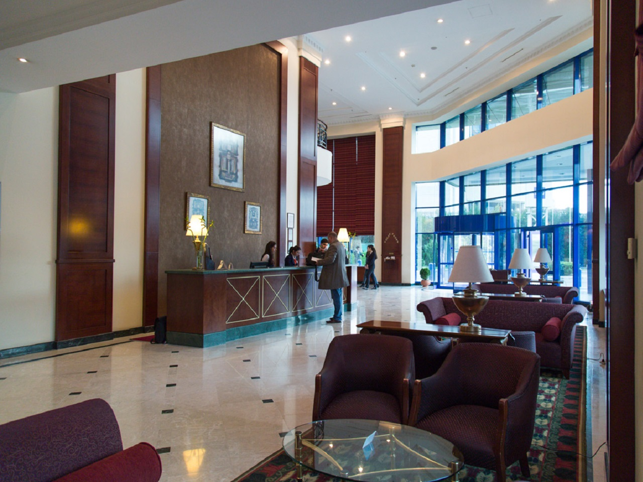 the history of hotel radisson marketing essay Focusing on radisson limerick the mixing and matching of marketing activities do go very much side by side a recent example of that would be hotel reducing its room rate to 99 room only this is the lowest room rate they would offer and this has happened for the first time that radisson has slashed its prices to this low and any other room.